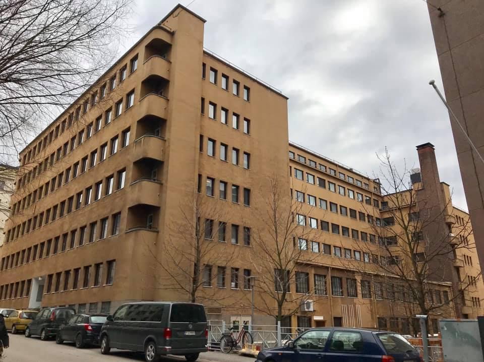 Maanpuolustusjärjestöjen talo huhtikuussa 2018
